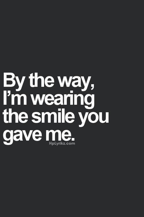 我穿着你的微笑呢.jpg